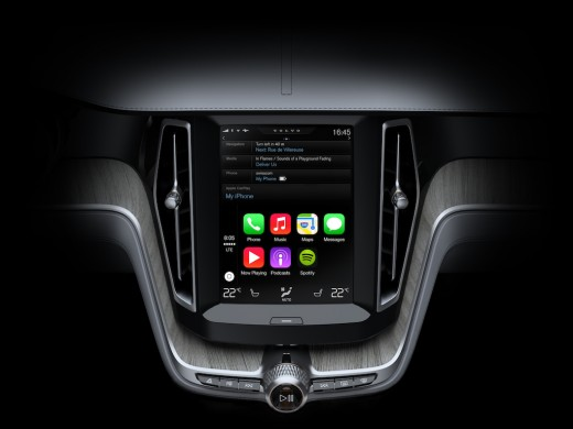 Apple Launches CarPlay, Integrating iOS in the Car