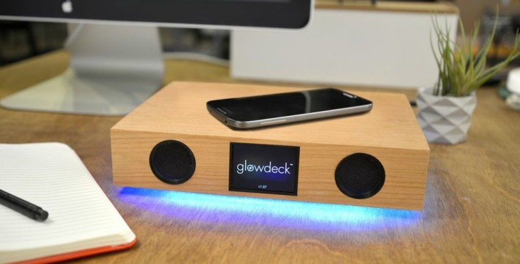 Hands-on with Glowdeck, a beautiful 3-in-1 wireless charger, speaker and notification center