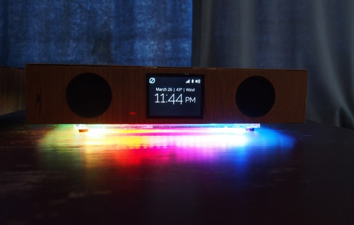 Glowdeck Preview: 3-in-1 Wireless Charger, Speaker, Notifications