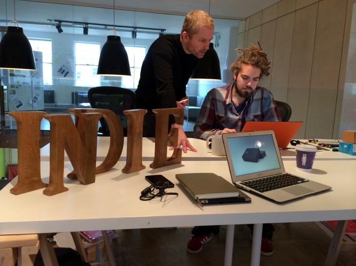 indie-team-at-work
