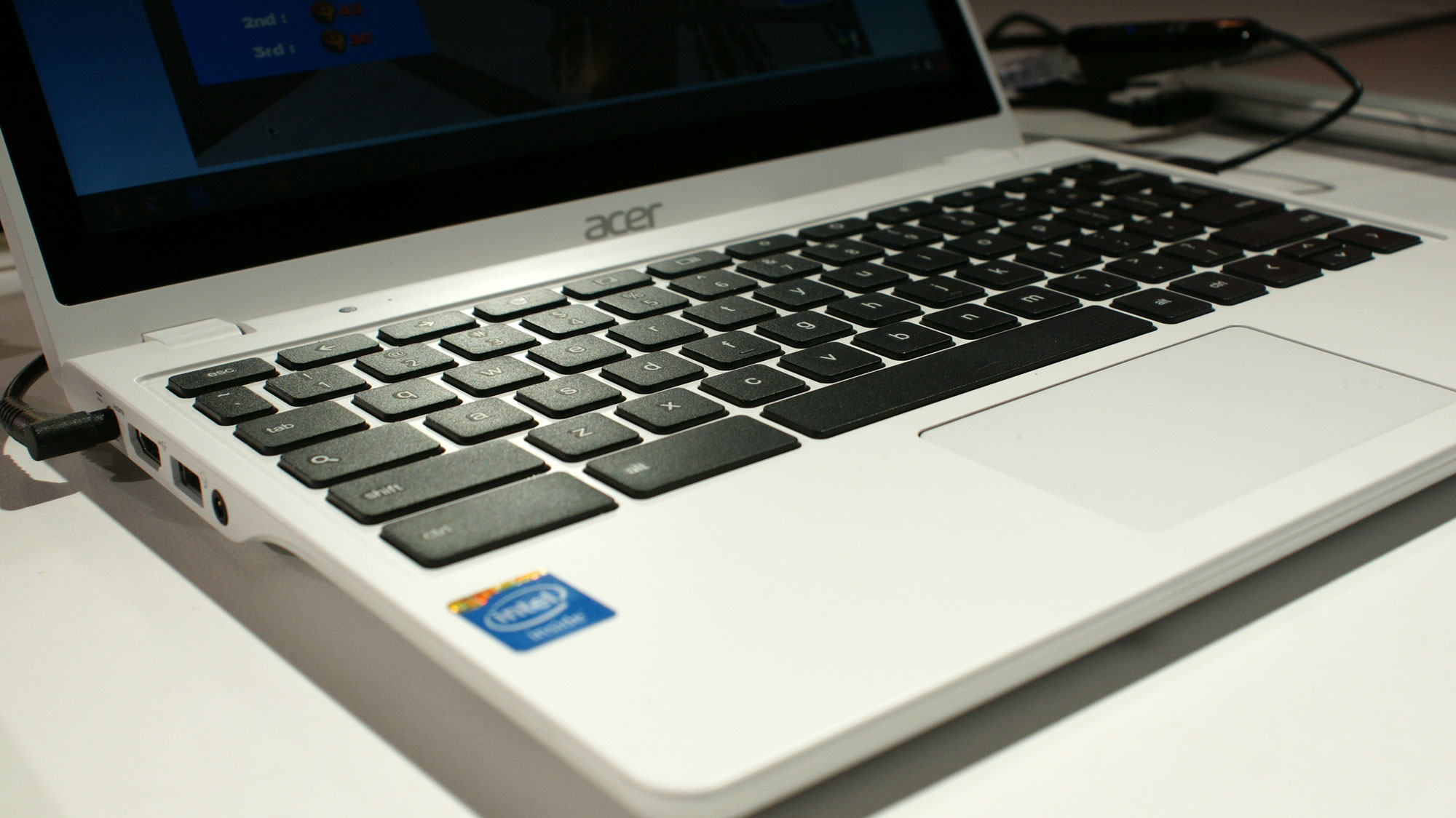 Hands on: Acer's Core i3 C720 Chromebook