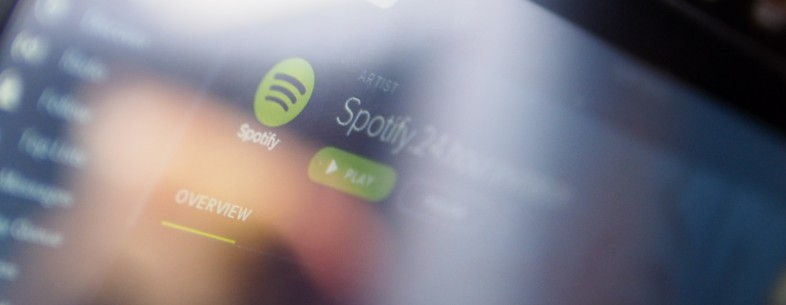 Spotify finally brings its free, shuffle mode to Windows Phone