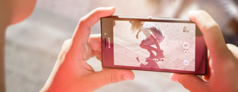 Sony's mid-range 4G Xperia M2 smartphone is now available in the UK