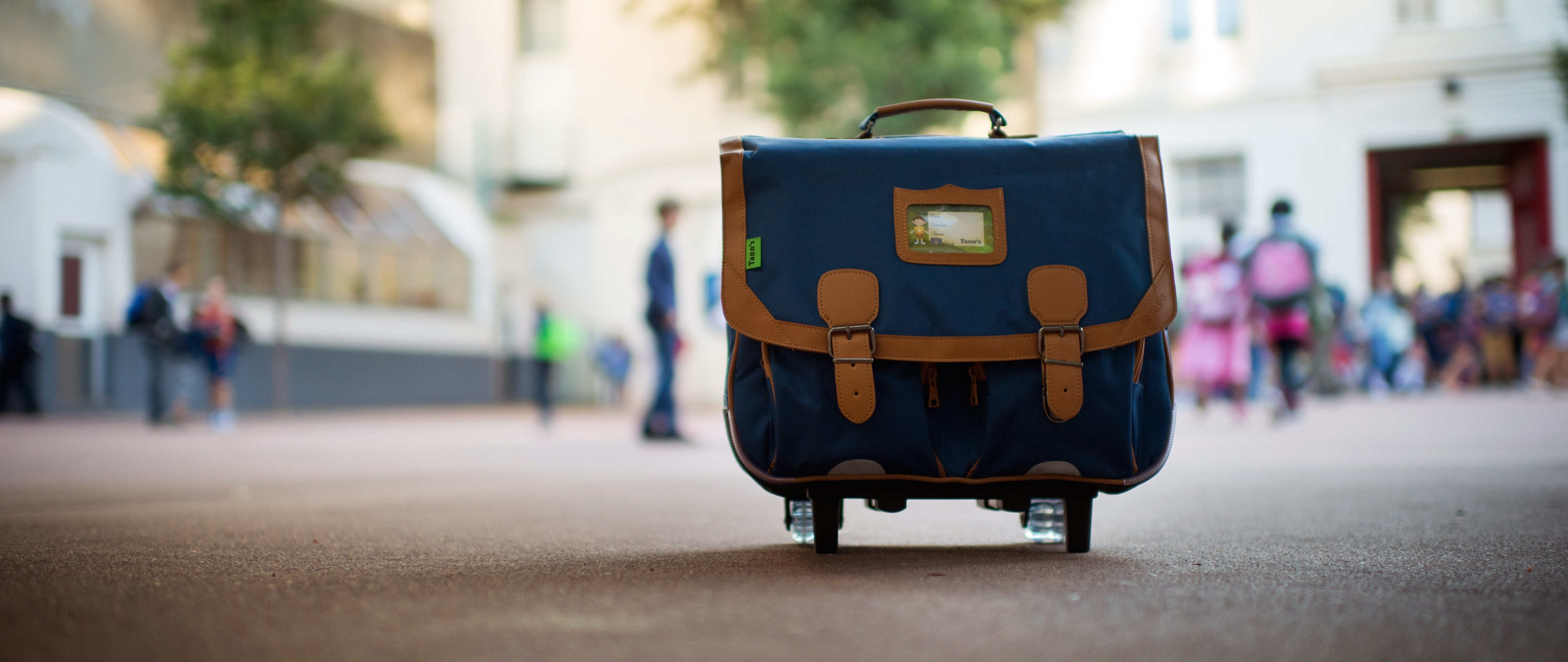 Sakoos for iOS App Answers the Question: 'What's in Your Bag?'