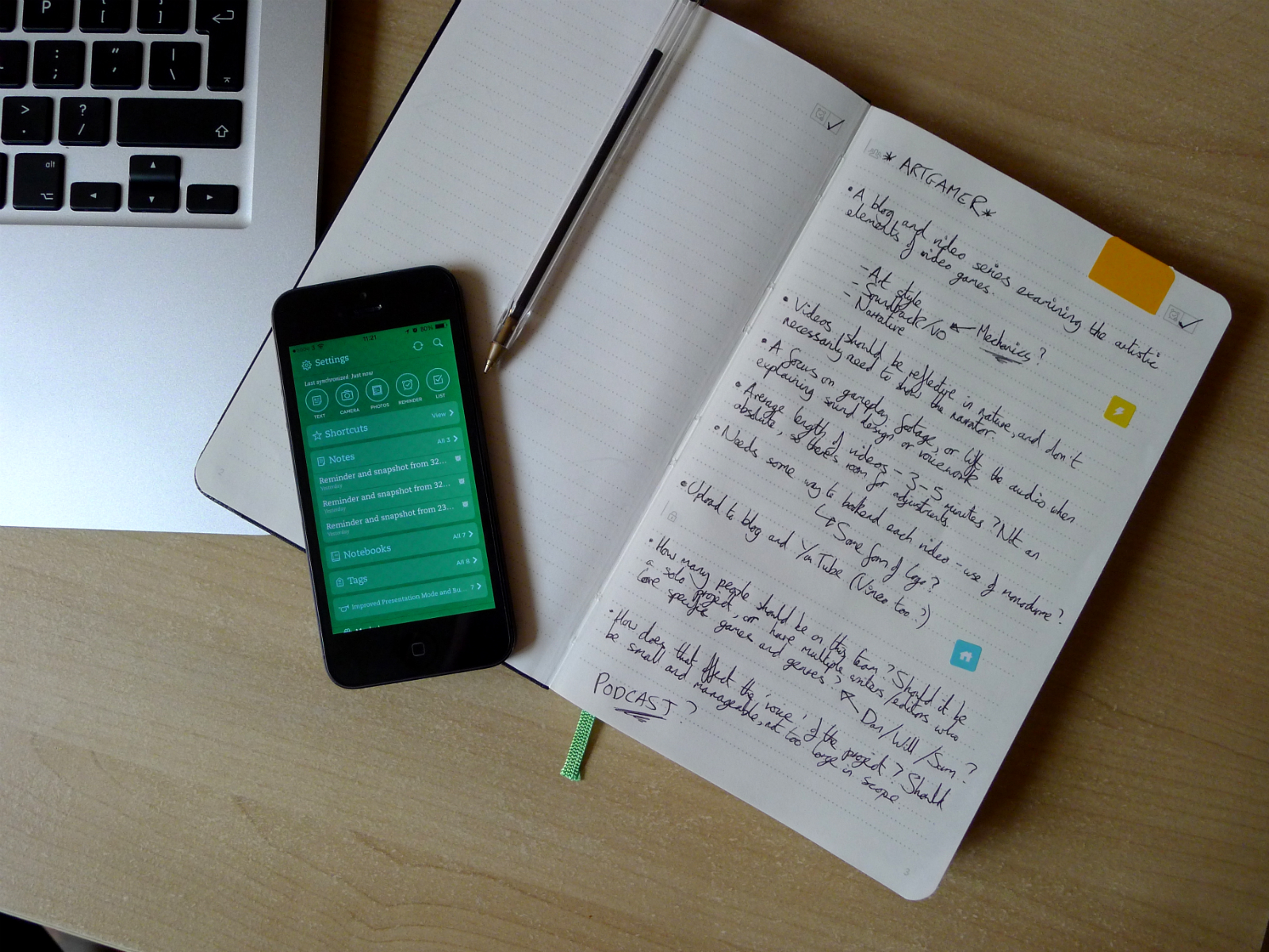 Evernote updates Notebook and Business Card features