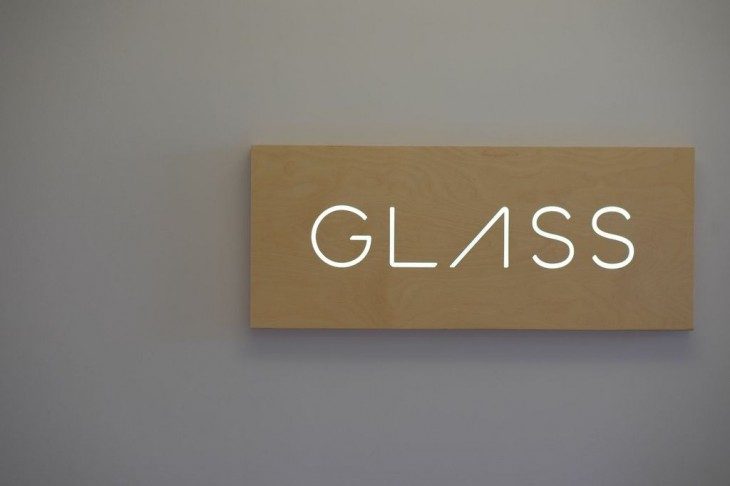 Here's what the new Google Glass apps from Foursquare, TripIt, OpenTable are like to use