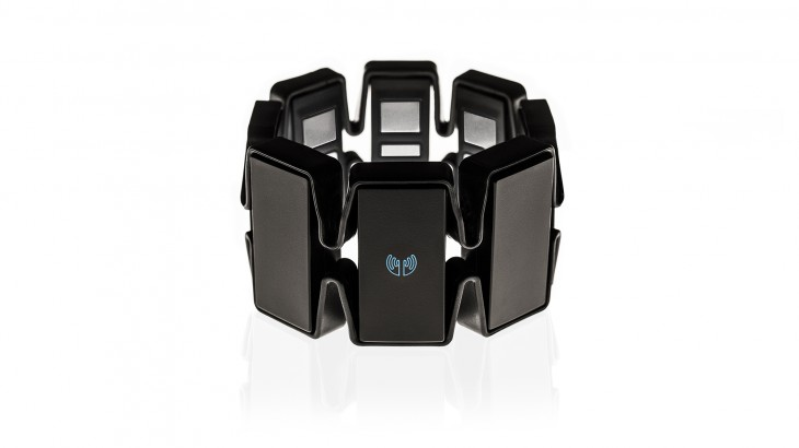 Thalmic Labs unveils the final design for MYO, its armband for Minority Report-style motion control