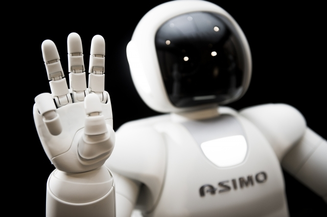 Honda's New ASIMO Brings Robots Closer to the Mainstream