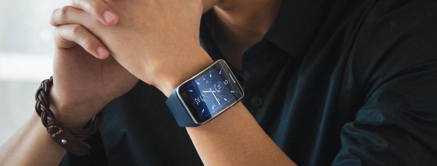 Samsung's new smartwatch, the Gear S, can make calls and go online without a smartphone