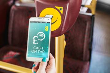 EE Customers Can Now Use Their Phone to Pay for London Bus
