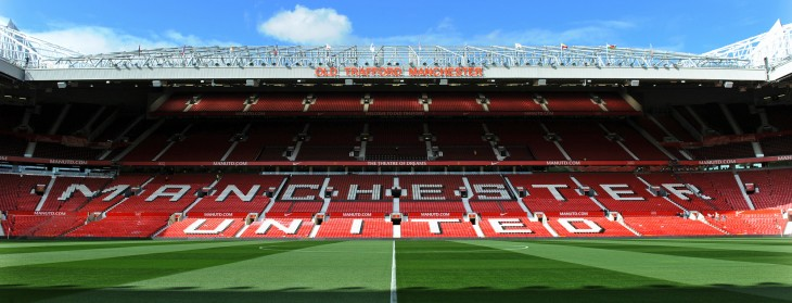 Manchester United bans iPads and other 'large electronic devices' from games at Old Trafford ...