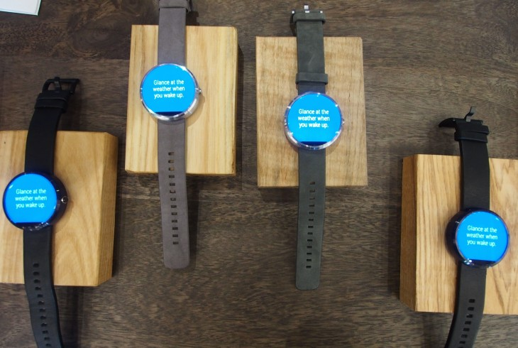 Moto 360 smartwatch is available today in the US for $250