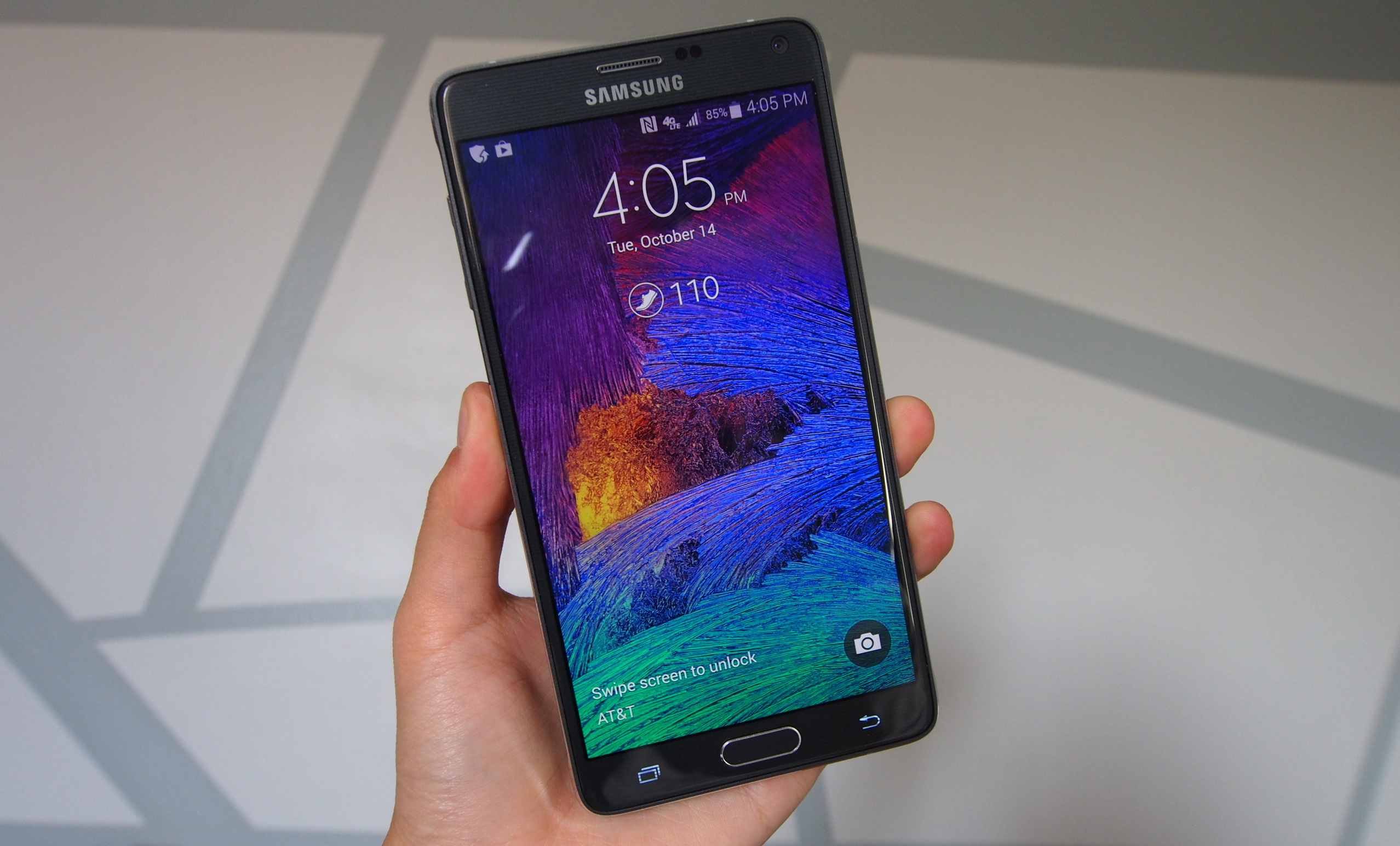 samsung galaxy note 4 review an upgrade in every aspect. Black Bedroom Furniture Sets. Home Design Ideas