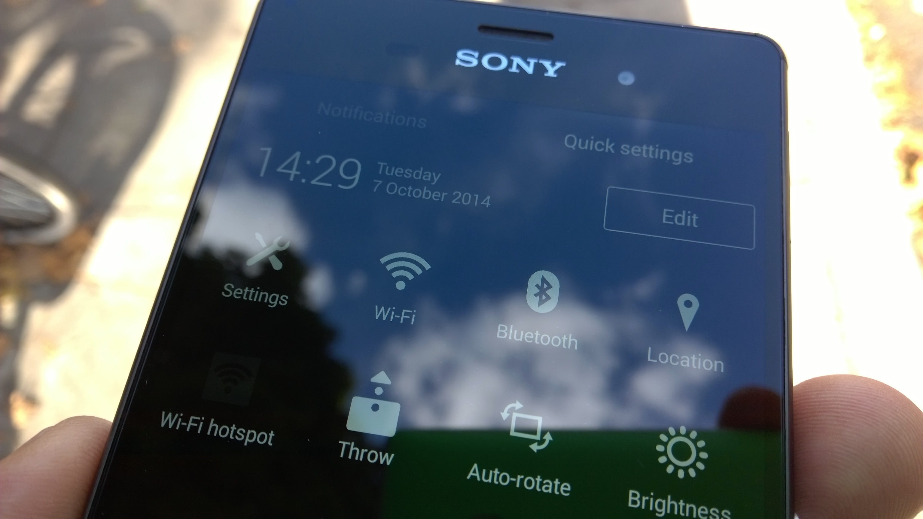 Sony xperia z3 review iterative upgrades in the right places xperiaz3quicksettings ccuart Image collections