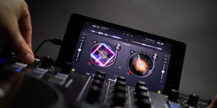 Algoriddim finally brings its popular Djay app to Android, create mixes from Spotify or your own music ...