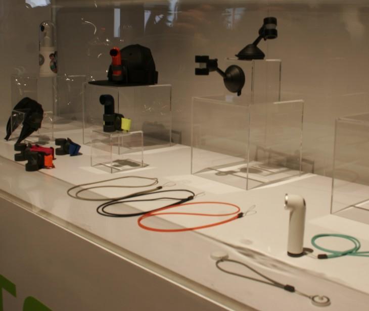 re-accessories