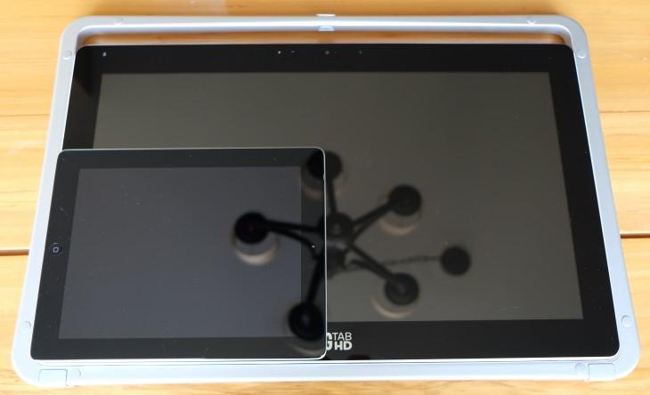 Size comparison: iPad 2 vs. Big Tab HD
