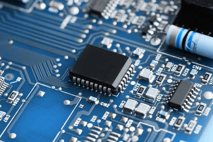 Pew: 66% of Americans don't know what Moore's Law is – do you?