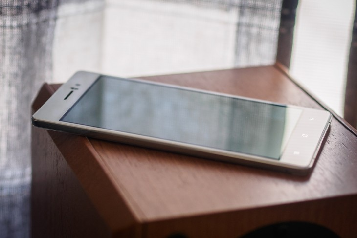 Oppo R5 Review: Beautiful, but no one needs a phone this thin