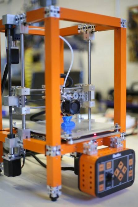 A 3D printer assembled from UberBlox
