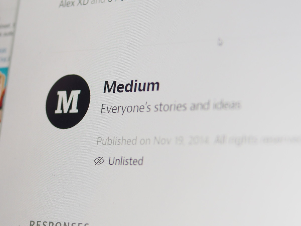 Medium's latest iOS app update notes are a t-shirt contest