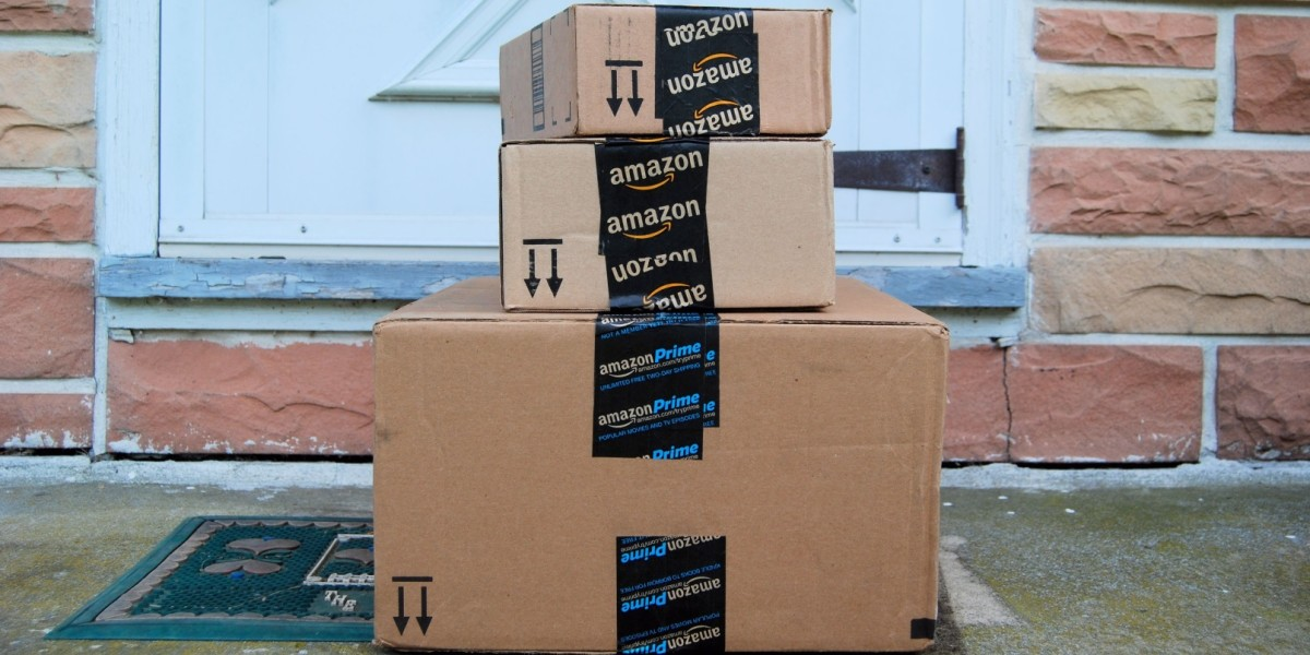 Amazon will now ship small items under $10 for free