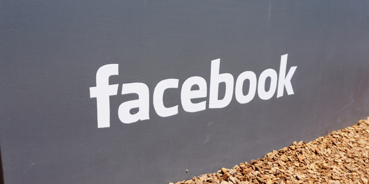 Facebook now has one billion daily active users, 894 million of them via mobile