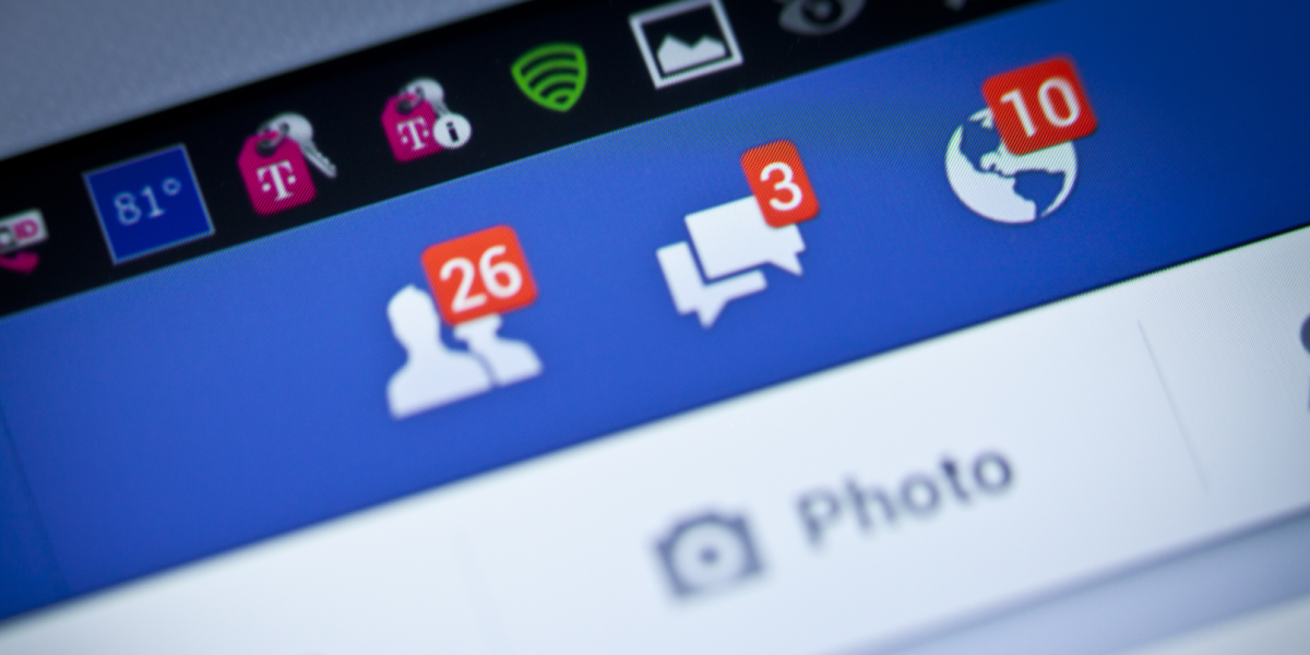 Facebook test adds multiple news feeds for different topics on mobile