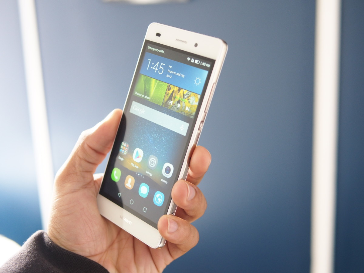 Huawei makes its first real push into the US market with the $249 P8 Lite