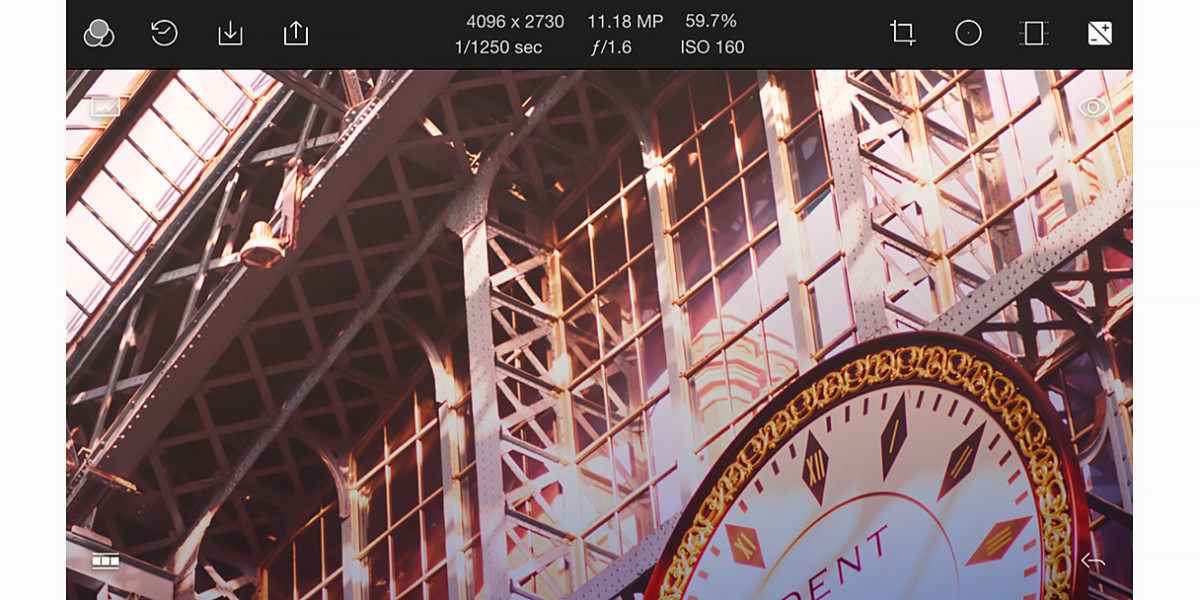 Polarr's brand new image editor for iOS mixes abundant tools into an elegant interface