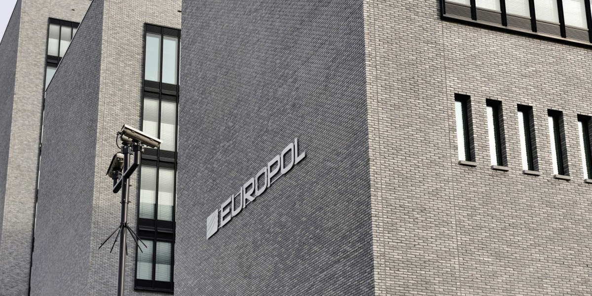 shutterstock_172057049_Europol