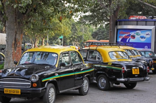 shutterstock_278697899_resized_taxi_india