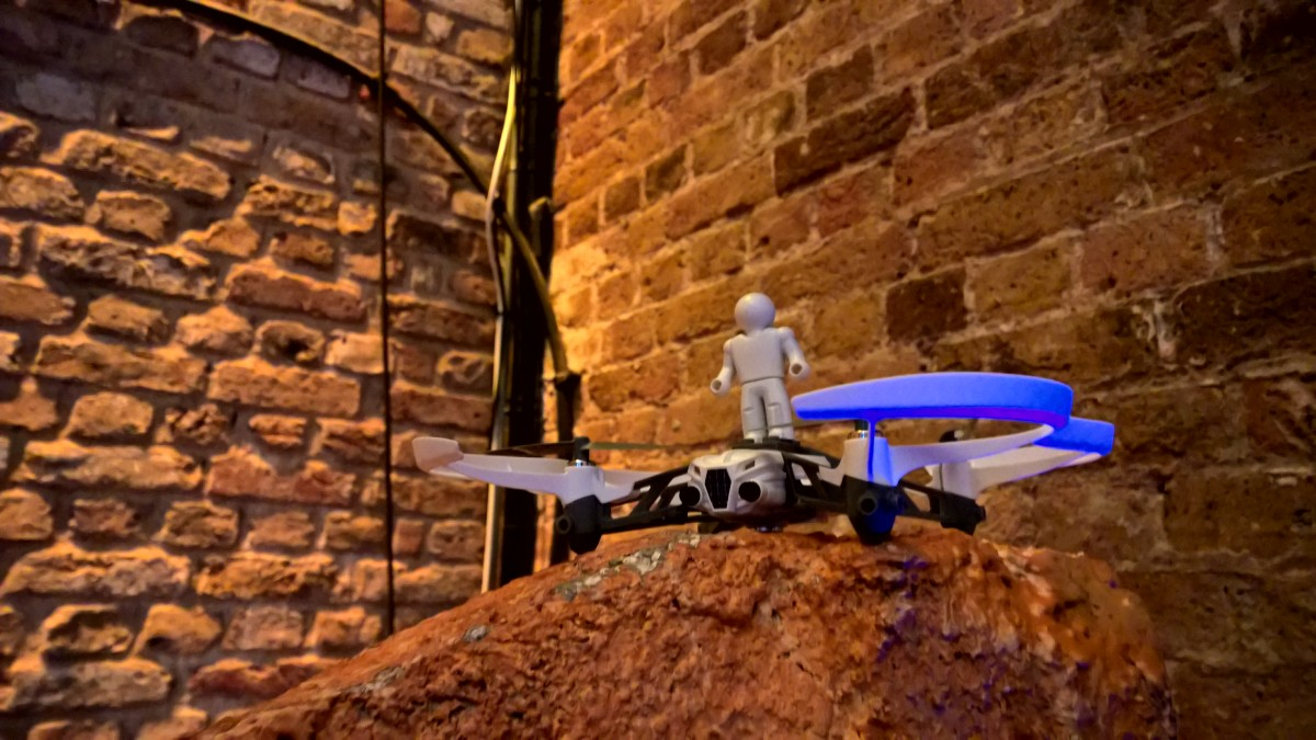 Hands-on with Parrot's newest range of minidrones designed for air, land and water