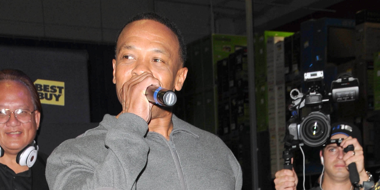 Dr. Dre's new Beats 1 radio show 'The Pharmacy' debuts