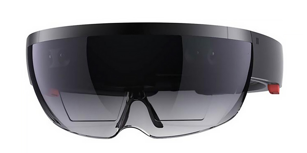 Microsoft will award HoloLens kits to five US universities
