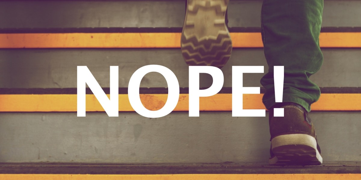 6 signs that you should 'nope' right out of that job interview