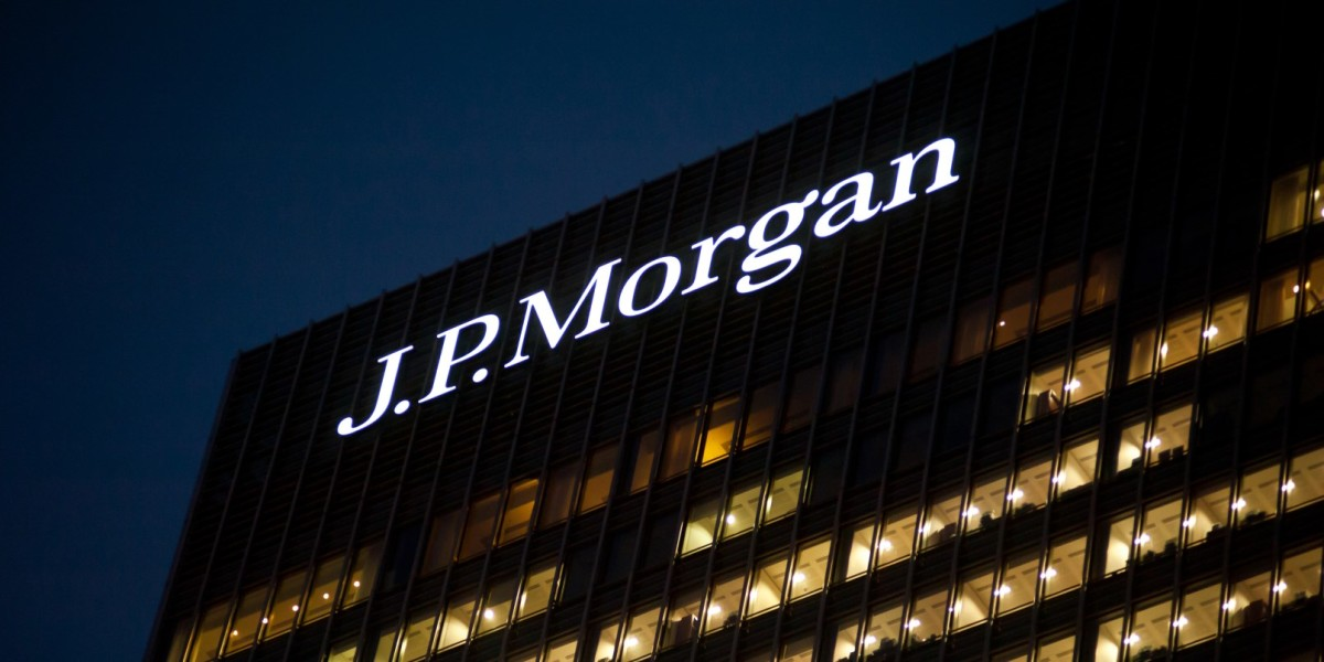 shutterstock_160975910_JP Morgan