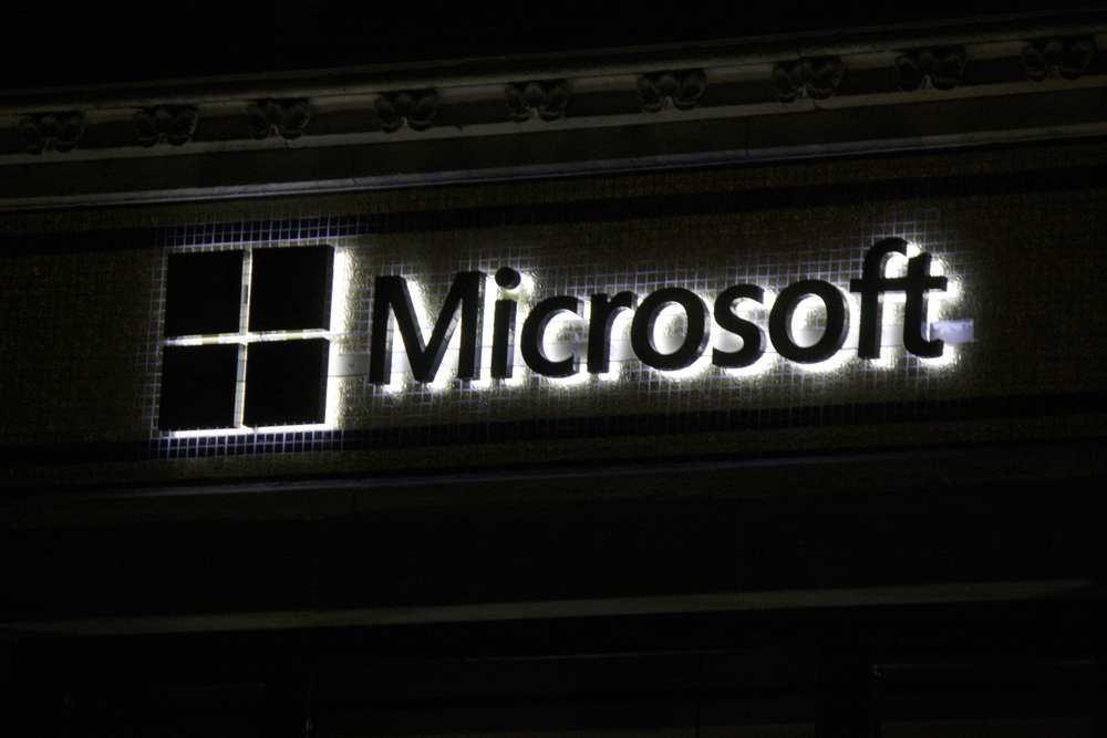 Microsoft announces 7,800 job cuts from phone division, writes off $7.6 billion from Nokia deal