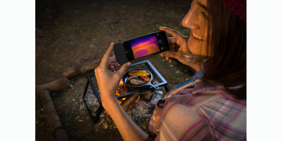 Flir One review: the thermal camera you need to see through the darkness
