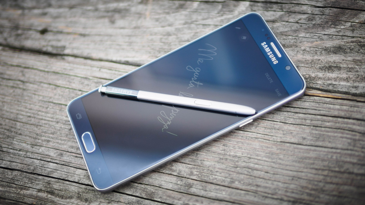 Samsung actually fixed the Note 5's silly stylus problem