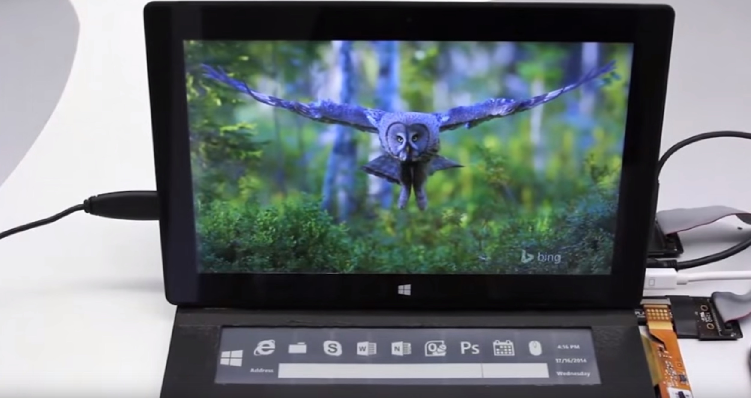 This prototype e-ink Microsoft Surface cover looks amazing