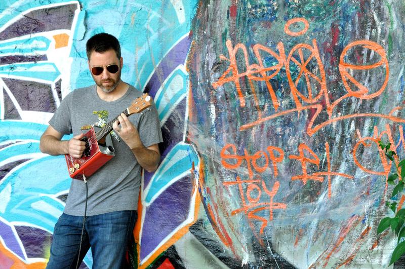 Sterling_Uke_Graffiti_1
