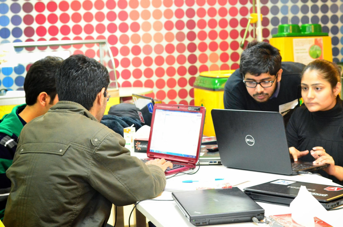 Udacity will open offices in India as partners Google and Tata offer 1,000 scholarships