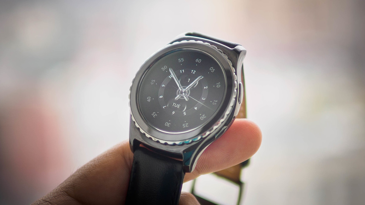 Samsung's new smartwatch goes on sale October 2 starting at $300