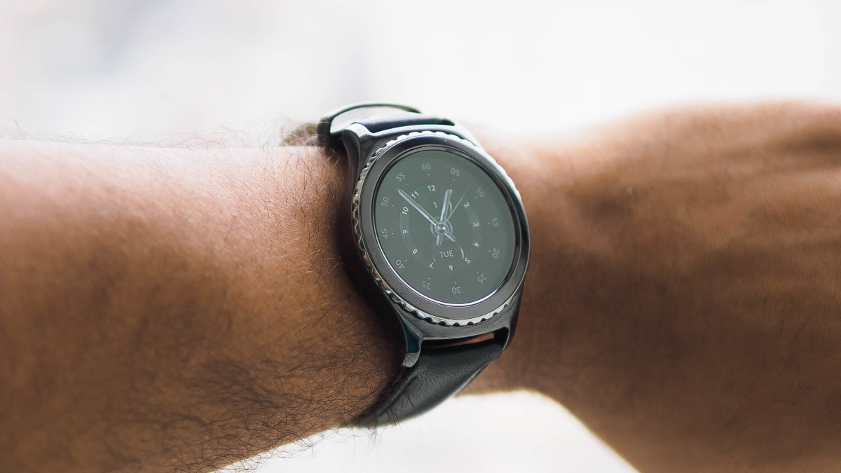 Samsung Gear S2 hands-on: Tizen is here to stay