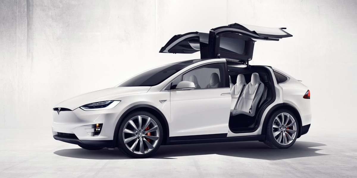 A glitch in Tesla's Model X is locking owners out of their cars
