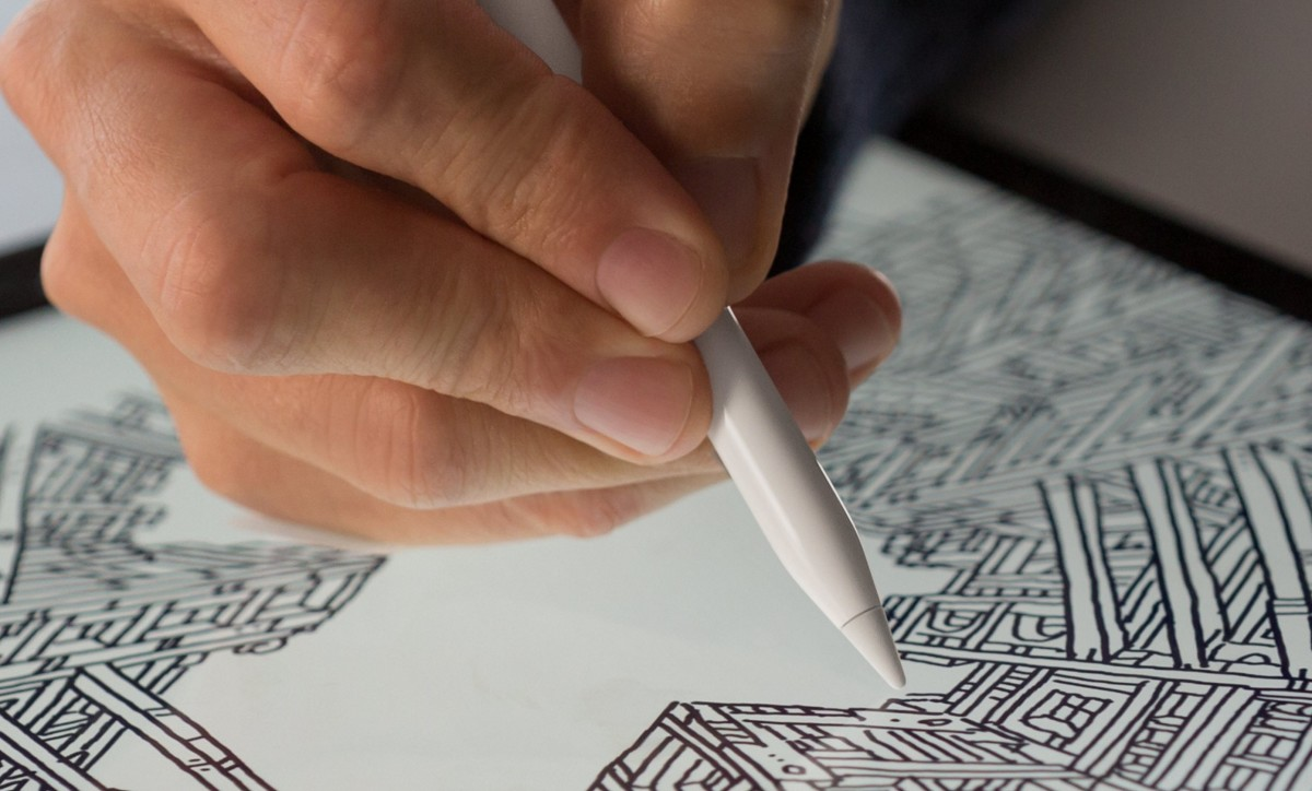 """Apple didn't """"blow it"""" with the stylus, it did what was right"""