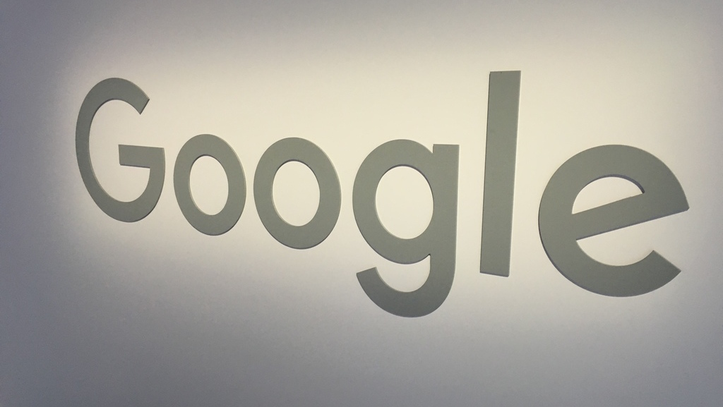 Google looks serious about taking on Oculus with new VR division