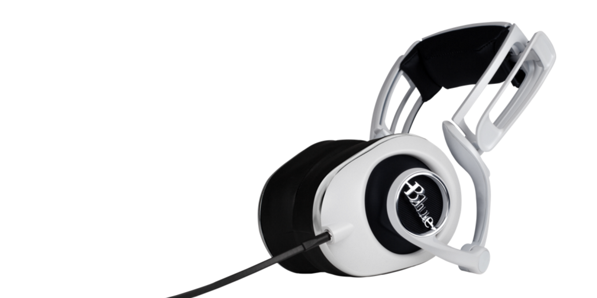 Blue launches $250 Lola headphones based on its outstanding Mo-Fi model
