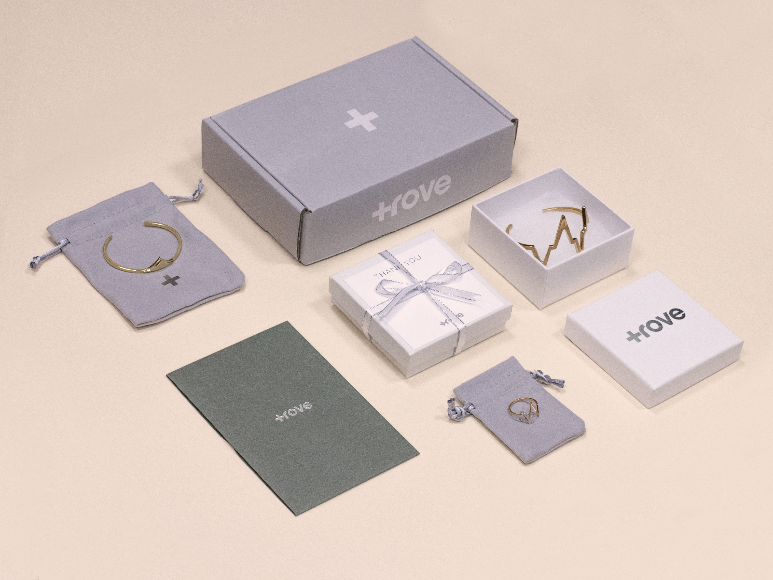Customized jewelry packaging beautyful jewelry for Custom jewelry packaging manufacturers